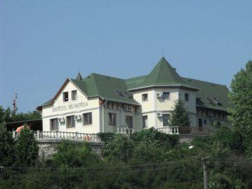 9541-es Hotel Eger