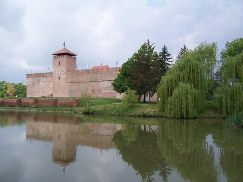 Városfelfedező séta – kvízjáték Gyula