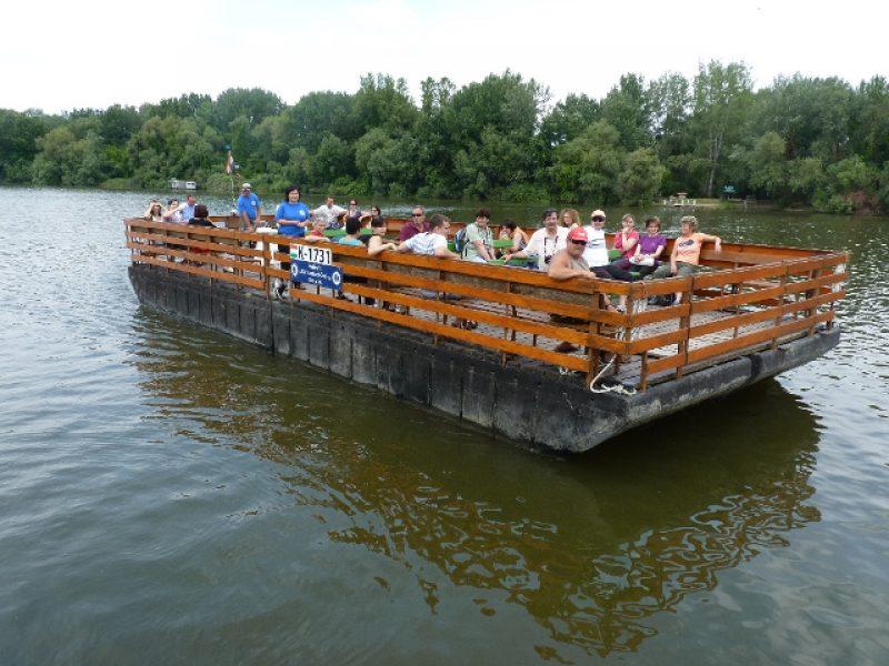 Tiszavirág Ártéri Sétaút és Tanösvény – Tisza-tavi hajókirándulás Tiszafüred-Örvény
