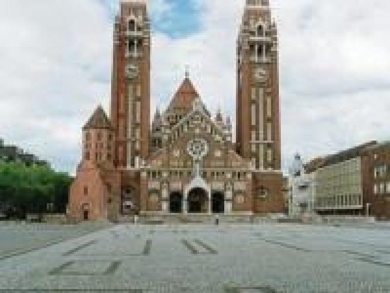 Aradi vértanúk tere Szeged