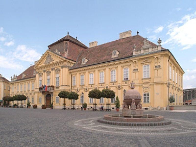 Püspöki Palota Székesfehérvár