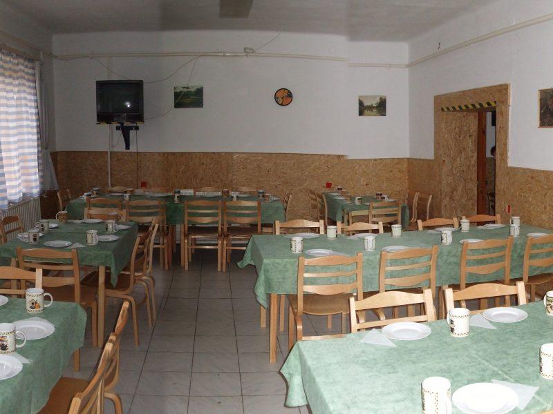 Turistaház ebédlője