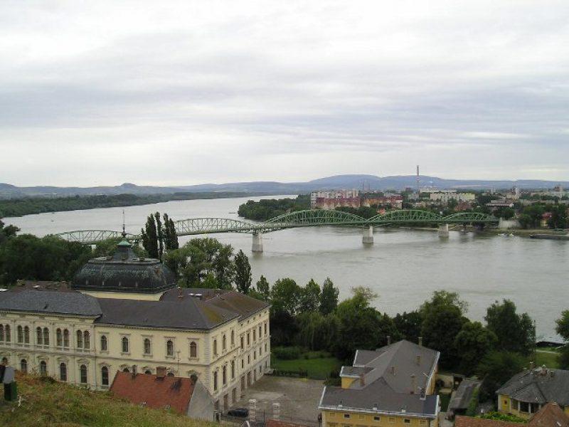 Városfelfedező séta – kvízjáték Esztergom