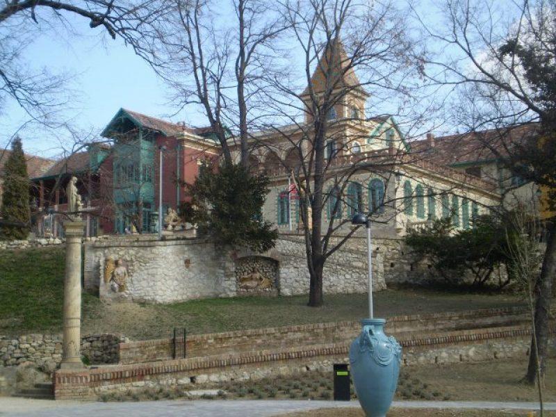 Városfelfedező séta – kvízjáték Pécs Zsolnay Negyed
