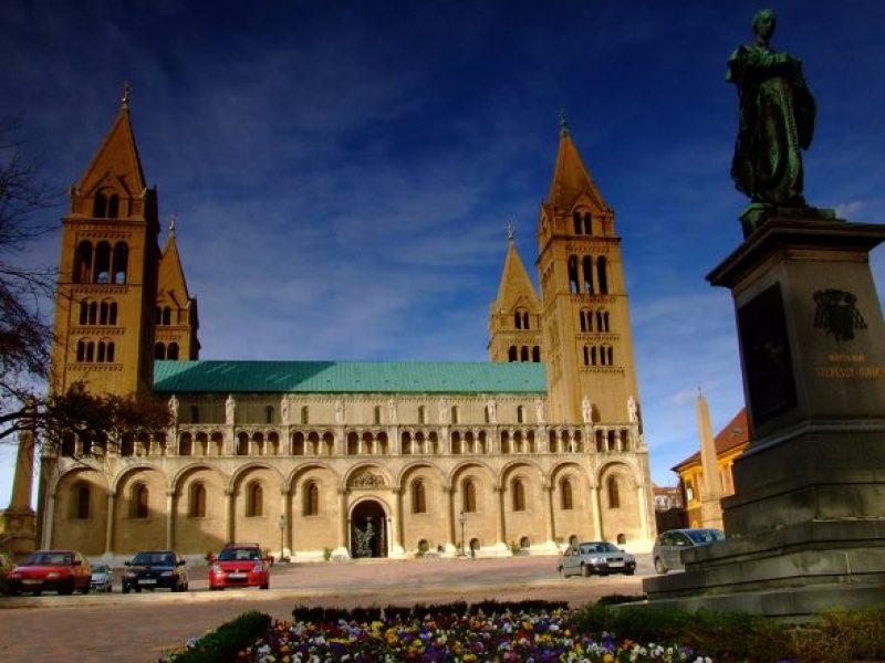 Városfelfedező séta – kvízjáték Pécs