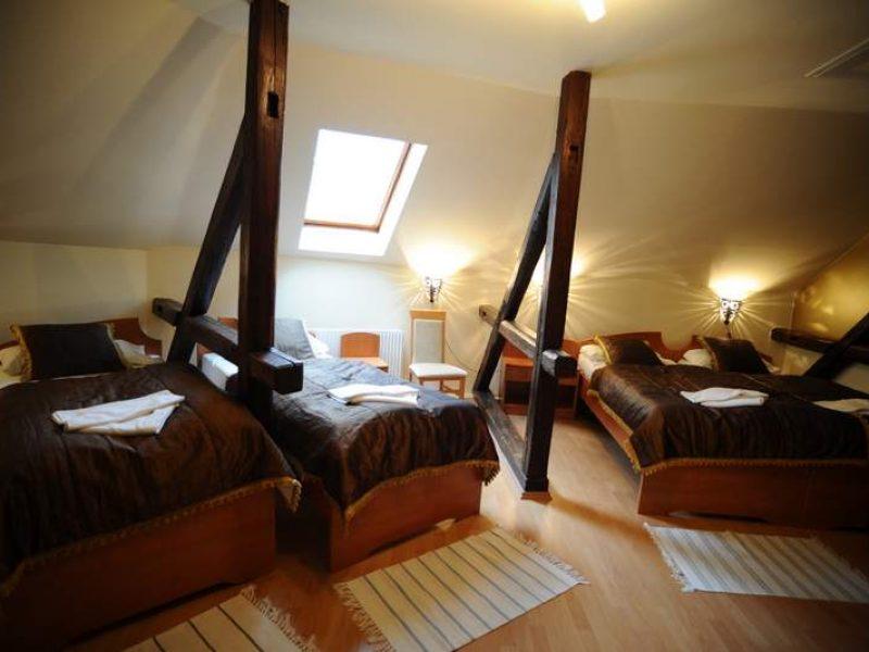 1128-as Hotel Eger
