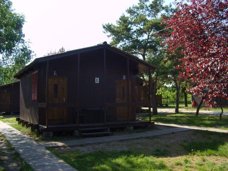 1198-as Ifjúsági szálló Balatonakali