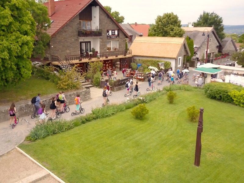 Tihany-balatonfüredi egynapos osztálykirándulás kickbike-os városnézéssel
