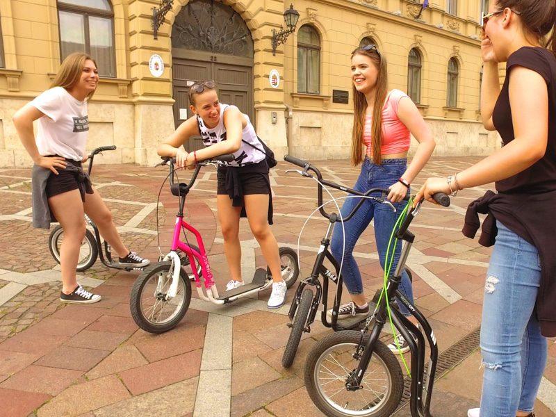 Legújabb szeged-hódmezővásárhelyi kétnapos osztálykirándulás kickbike-os városnézéssel