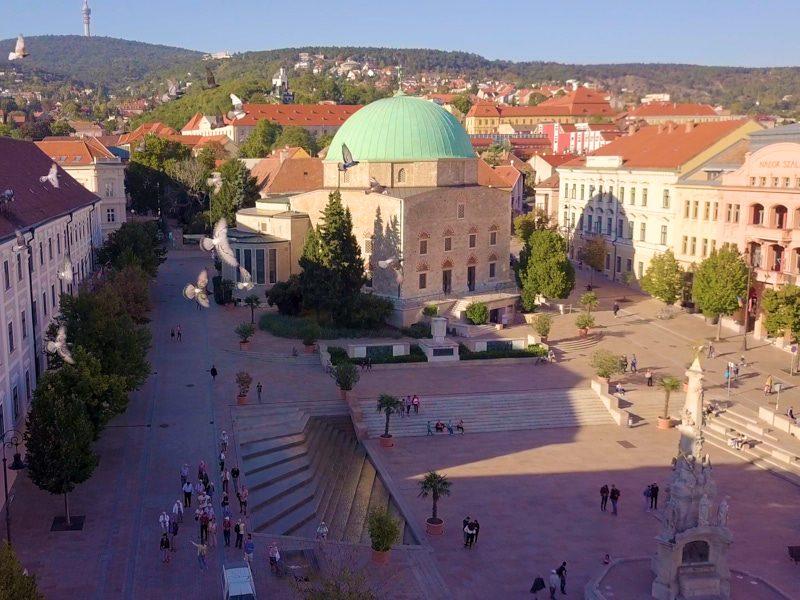 Pécsi egynapos osztálykirándulás a Zsolnay Negyed megismerésével