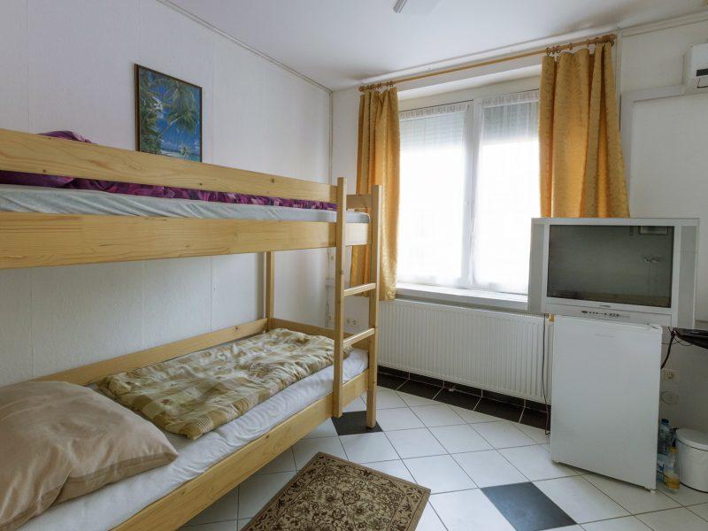 1322-es Hotel Fonyód