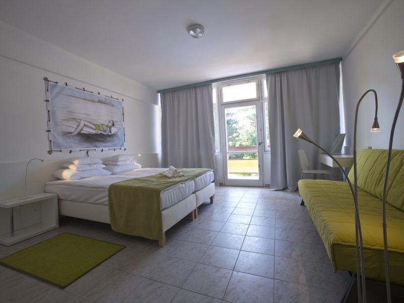 1325-ös Hotel Csopak