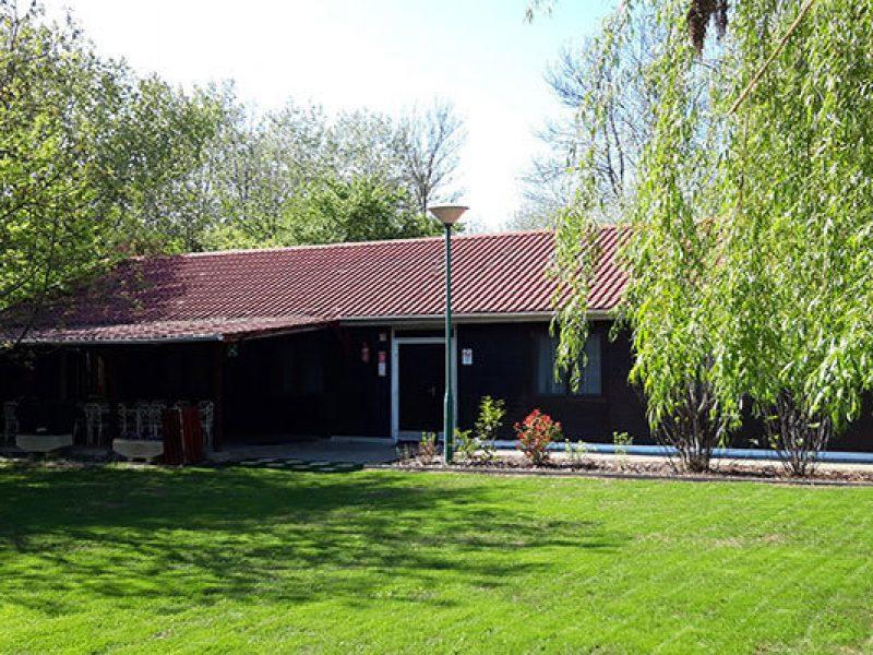 1328-as Üdülőház és Kemping