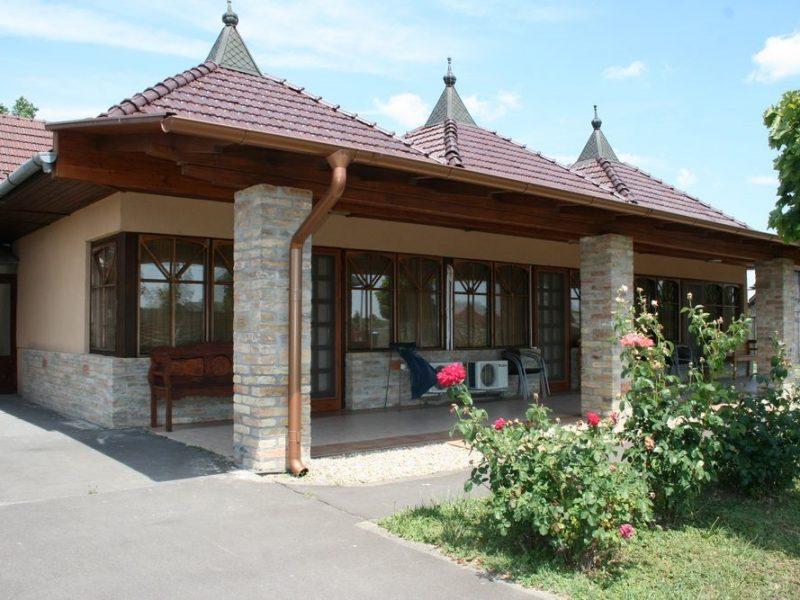 1344-es Ifjúsági szálló és Motel Gyula
