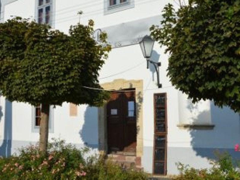 9589-es Apartman és jurtatábor Zirc