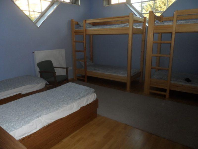 9561-es Vízparti hostel és Grill Terasz Agárd