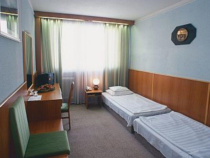 5244-es Hotel Debrecen