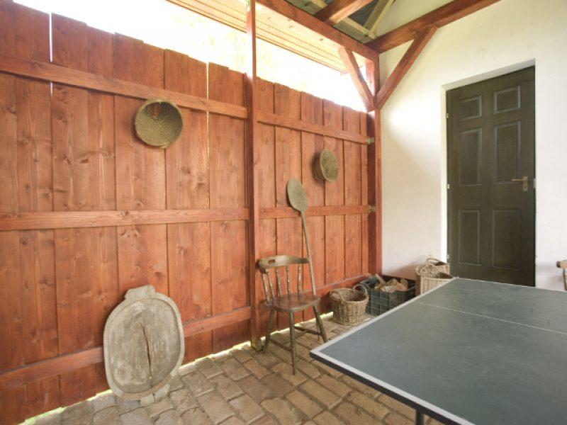 1107-es Ifjúsági szállás Érsekvadkert