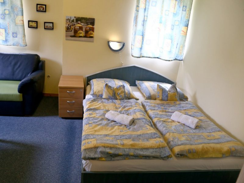 9574-es Hostel Pécs