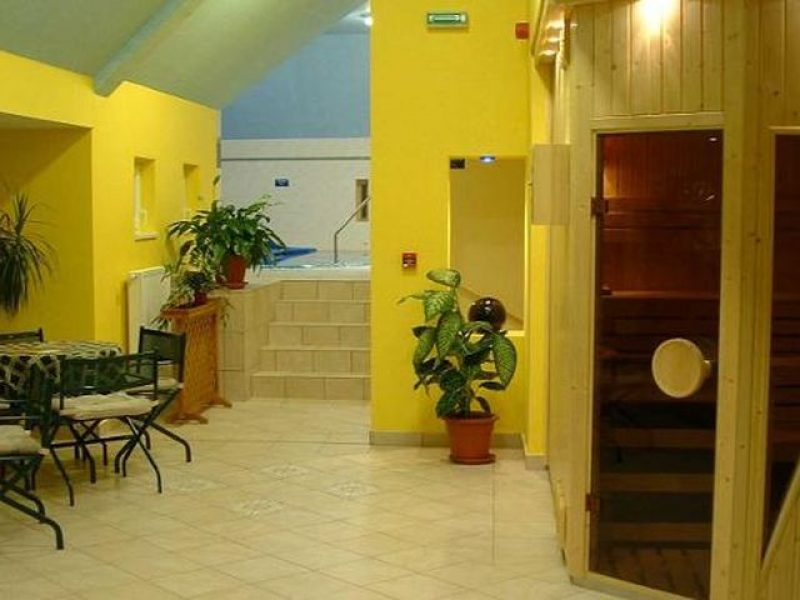 1223-as Hotel Eger
