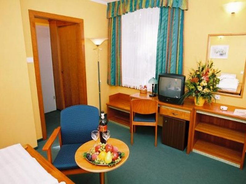 1223-as Hotel Eger